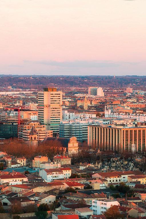 Cité Administrative - Vue sur l'Hôtel de Bordeaux Métropole et de Région